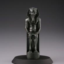 アメンヘテプ三世の座像